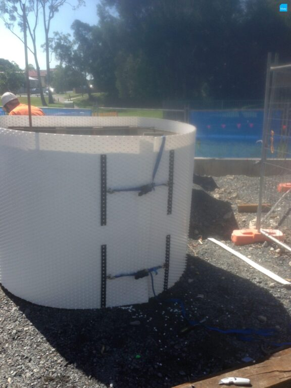 Sewer Manhole Lining with BluSeal AKS